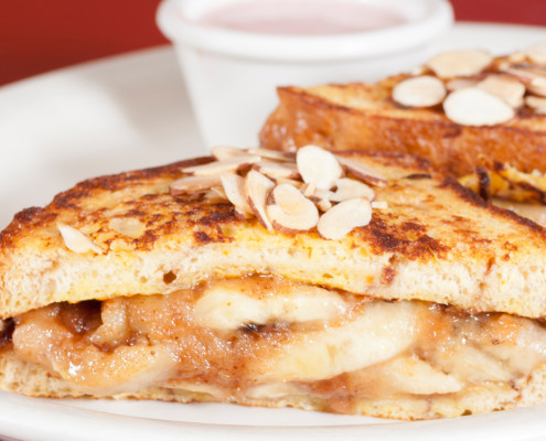 Hobee's apple cinnamon french toast